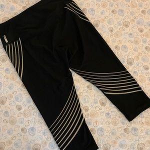 Black 3/4 workout pants